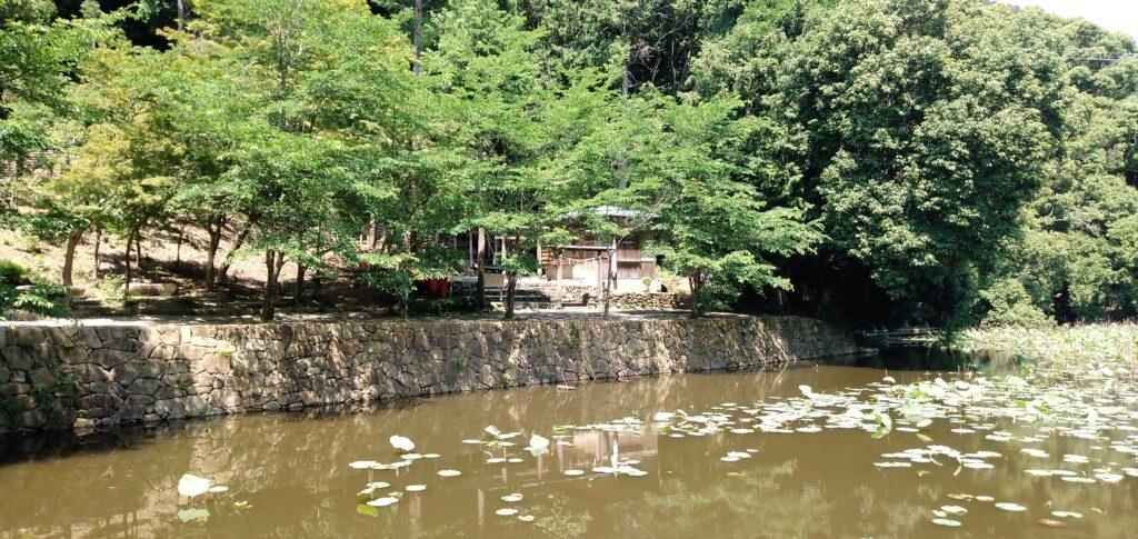 嵐山観光スポット:御髪神社